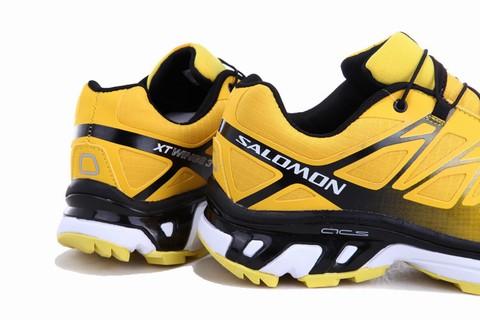 half off 6ab22 9f911 Alors, qu est-ce qui fait des vagues dans le monde des bottes pour femmes   C est une agrafe de la garde-robe de chaque femme ...